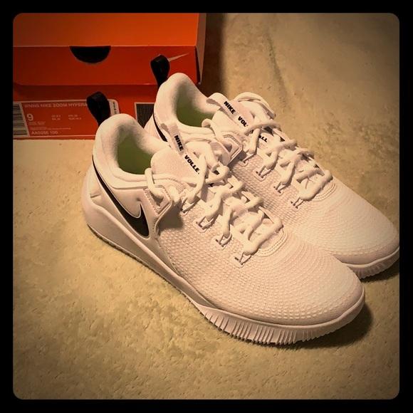daff735eee212 Women s Nike Zoom Hyperace 2 Shoes - BRAND NEW!